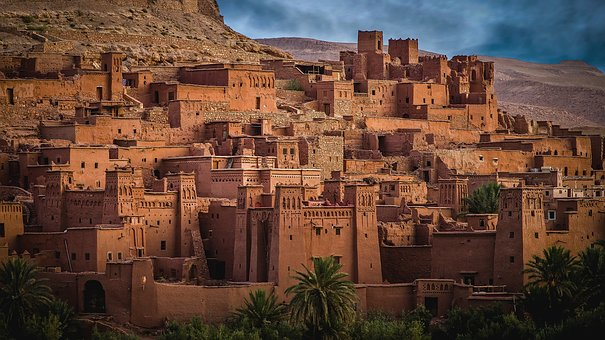 5 tips and useful information to go abroad in Morocco
