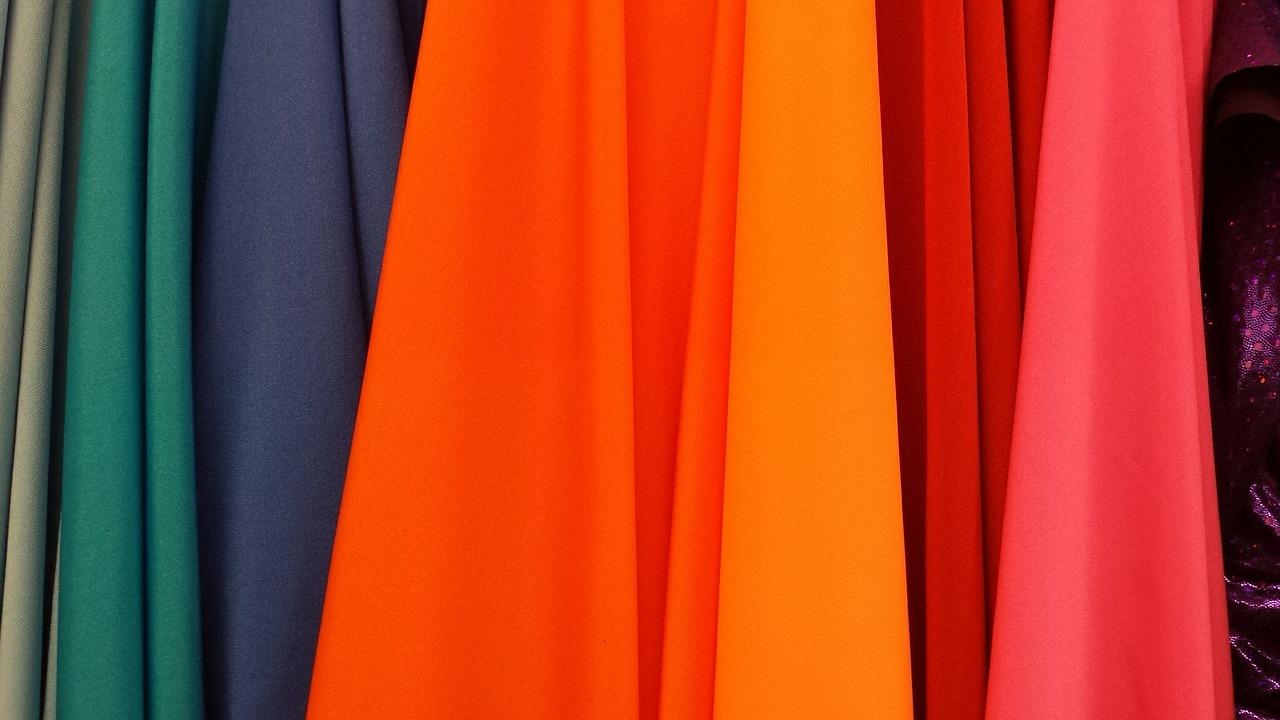 Comment choisir ses tissus décoratifs?