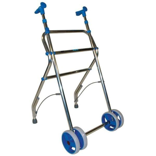 Déambulateur à deux roues, un accessoire pratique