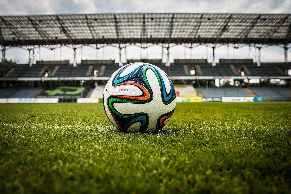 Soccer, Boule, Stade, Sur Le Terrain, Stade De Football