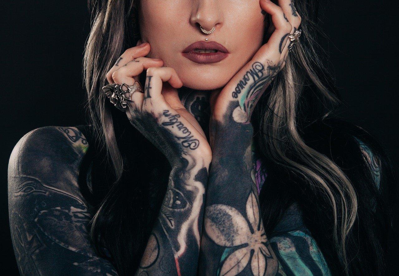 Où placer son tatouage pour être plus attirante?