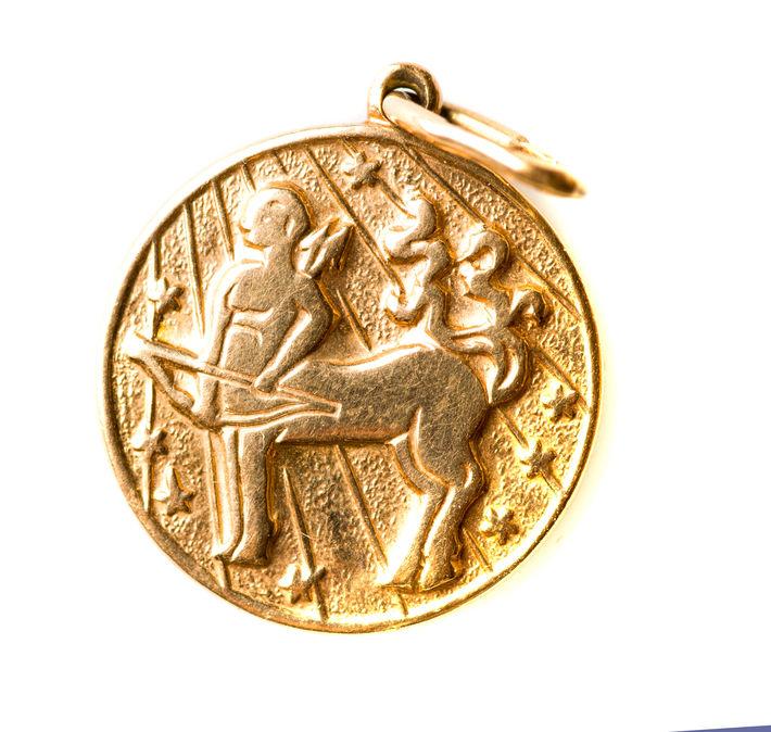 Signe du Zodiaque Médaillon en Or